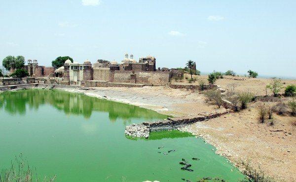 Chittaurgarh