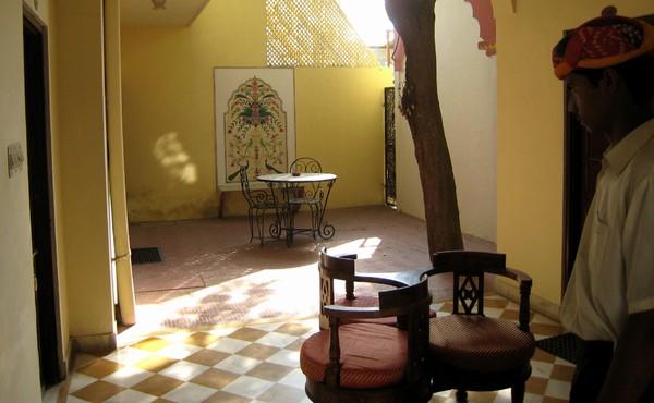 Dera Rawatsar in Jaipur, Rajasthan
