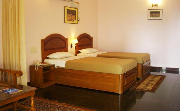 Hotel Sea Breeze in Mamallapuram, Tamil Nadu